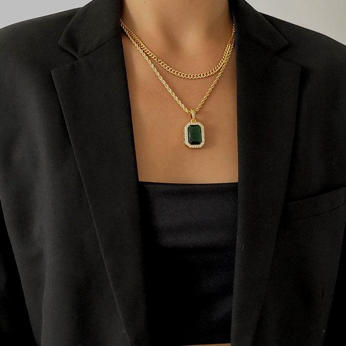 Emerald necklace pendant