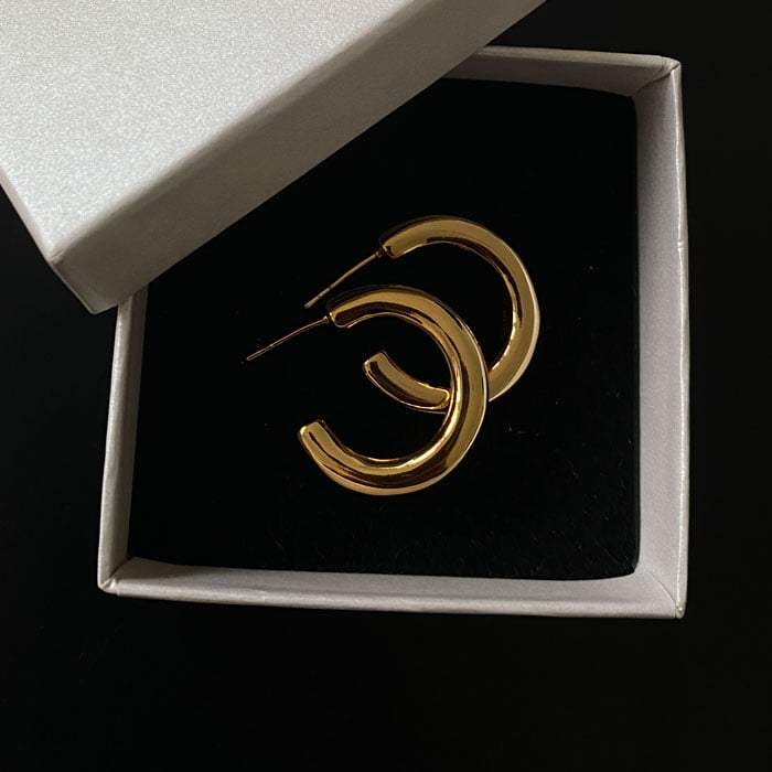 25mm classic golden hoops made in 18k gold plating