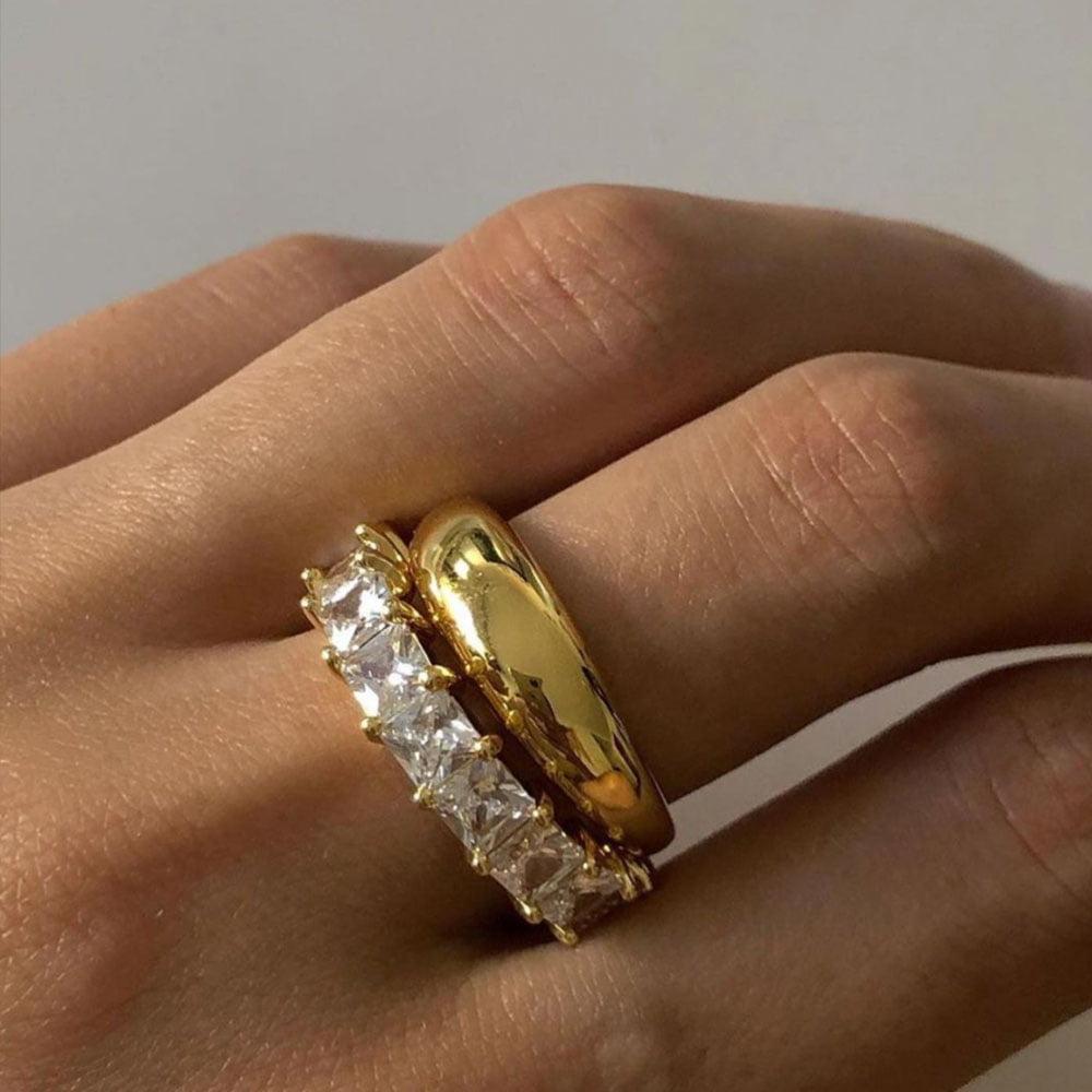 Sleek ring and pave ballier ring