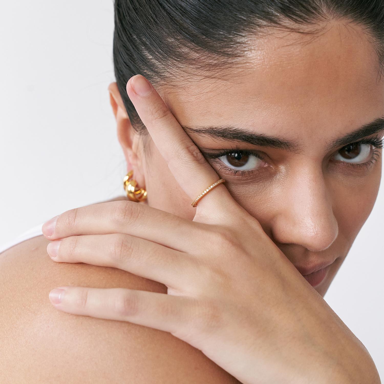 Thin zirconia ring