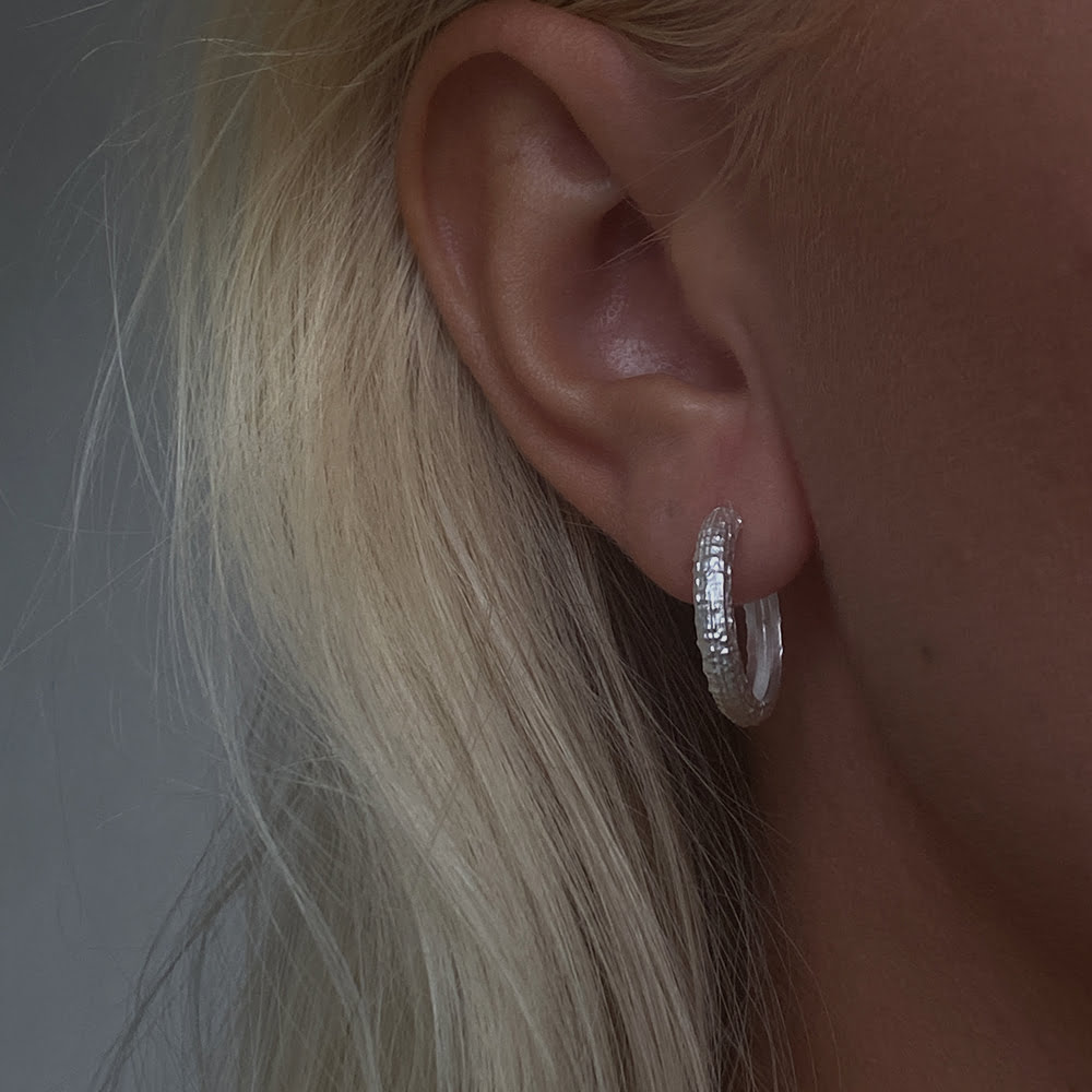 silver 20mm textured hoops